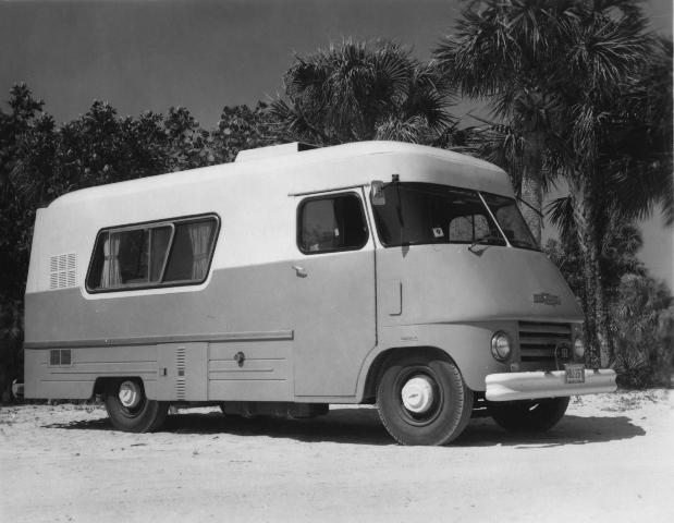 A Chevrolet Traville in 1967 photo