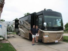 Brent and Dixie Betenson  2008 Discovery 40X