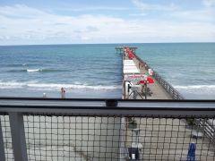 The 2nd Avenue Pier
