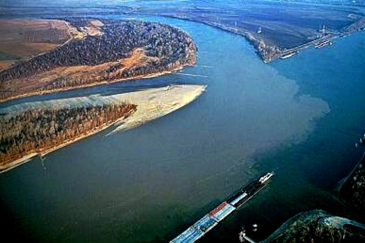 Across the Wide Missouri on the Lewis and Clark Trail Roadtreking Blog FM