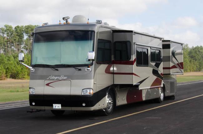 2005-Tiffin-Allegro-Bus.jpg