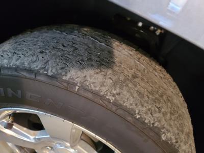 Tahoe_tire.jpg